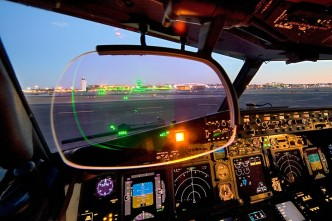 737-HUD